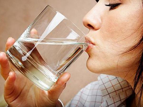 ดื่มน้ำสะอาด-01